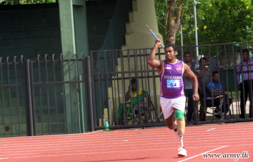 Sergeant Hettiarachchi Sets New World Record in Javelin Throw