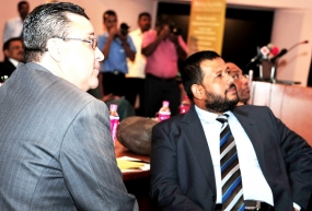 Lankan biz throng at Colombo's first Seychelles forum
