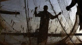 SL Navy hands over 94 Indian Fishermen to Indian Coast Guard