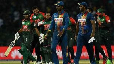 India confirm semi-final place with Bangladesh win