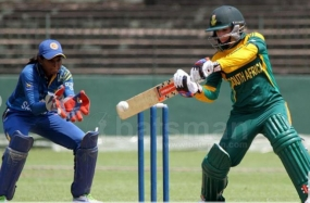 All-round Kapp downs Sri Lanka Women