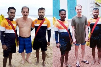 Two drowning foreigners re scued by Navy Lifesavers