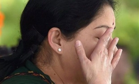 Jayalalithaa to remain in jail till October 7