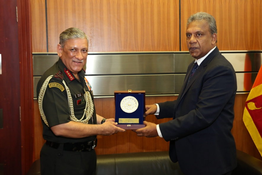 Indian Army Chief meets Secretary