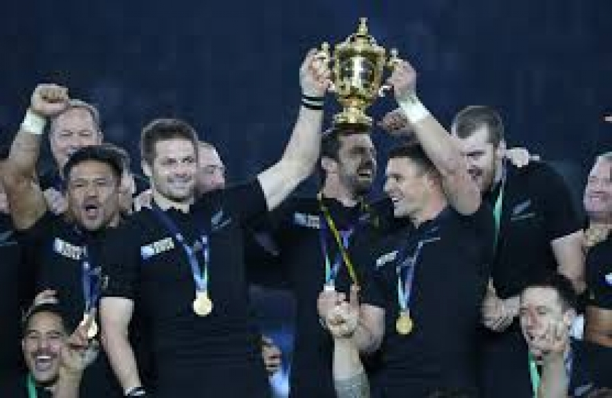 New Zealand beat Australia to retain Rugby World Cup