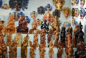 Sri Lanka's Woodcarving widely used in interior decoration