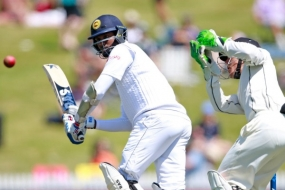 New Zealand beat Sri Lanka by five wickets in 2nd Test