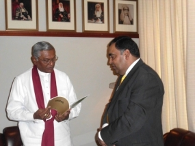 Indian High Commissioner  calls on the Speaker of  Sri Lankan Parliament