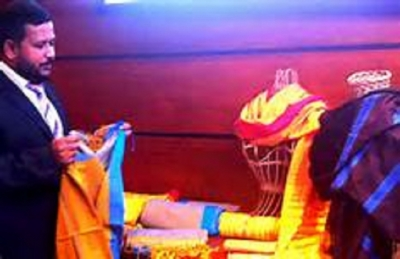 Handlooms go hi-tech after decades