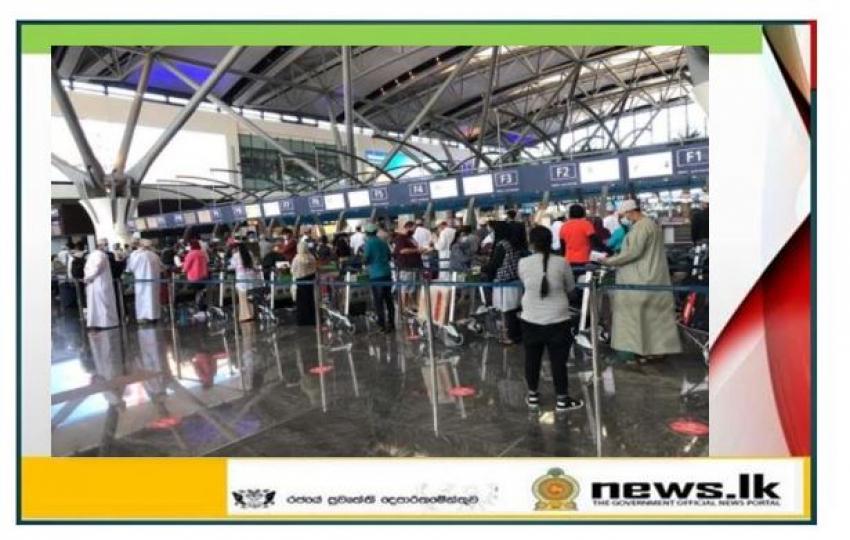 Sri Lanka Embassy in Oman repatriates another group of 320 stranded Sri Lankan Migrant Workers back home