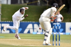 Sri Lanka tighten grip on 2nd New Zealand Test