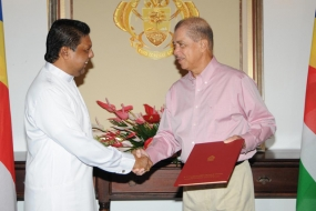Sri Lanka 's new high commissioner to Seychelles accredited