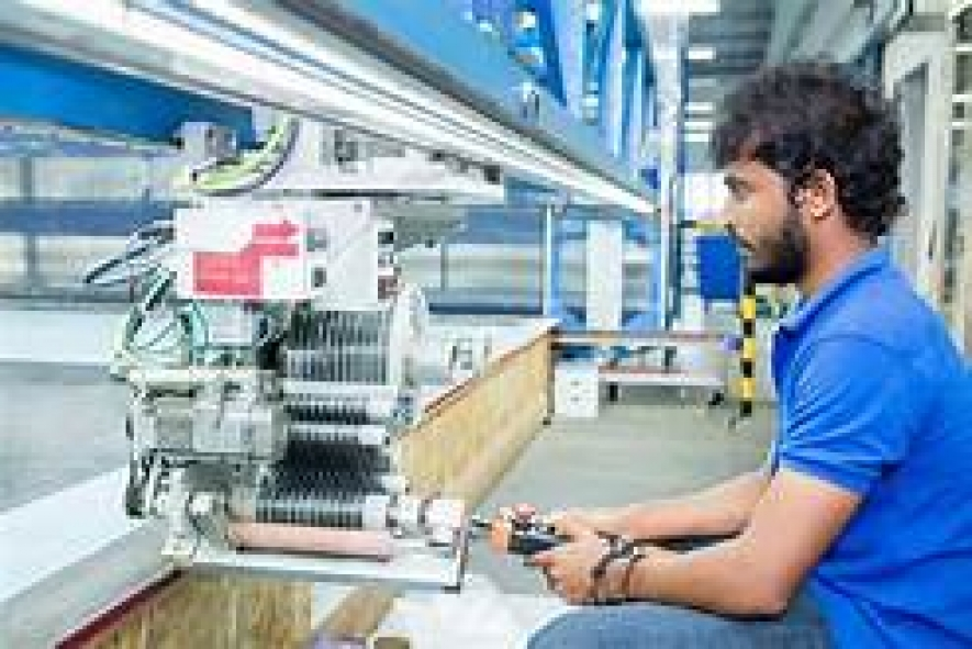Manufacturing sector slows down while services sector grows in June