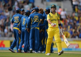 Cricket World Cup 2015: Australia overcome Sri Lanka in Sydney