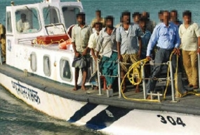 India releases 16 Sri Lankan Fishermen