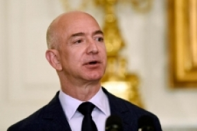 World's richest man Jeff Bezos on how a Sri Lankan changed his direction in life