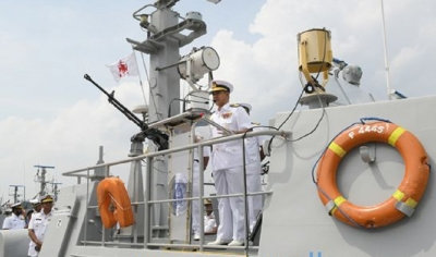 Commander visits Eastern Naval Command