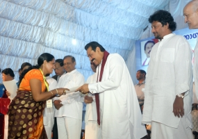 """Lakmuthu Sevana"" housing scheme declared open"
