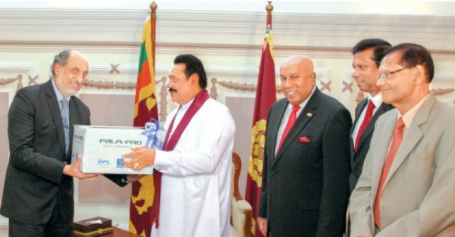 Sri Lanka Contributes 1 Million Surgical Gloves to WHO in Global Fight Against Ebola Outbreak