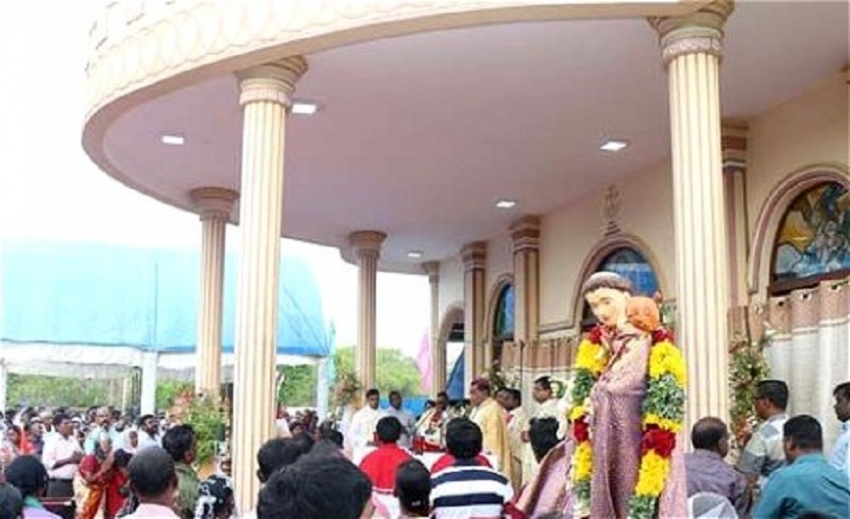 Over 2100 Indian devotees attend Church Feast at  Katchatheevu