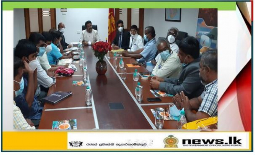 Sri Lanka encourages South Indian weavers to invest in Sri Lanka