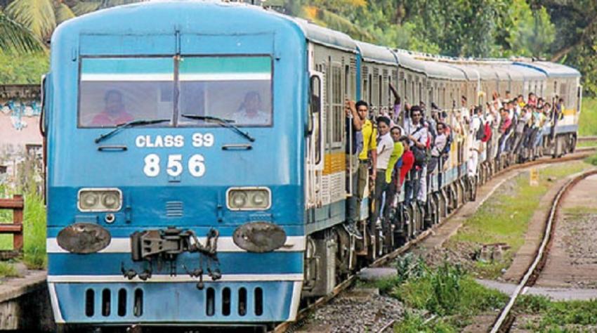 Trains delayed on Kelani Valley line
