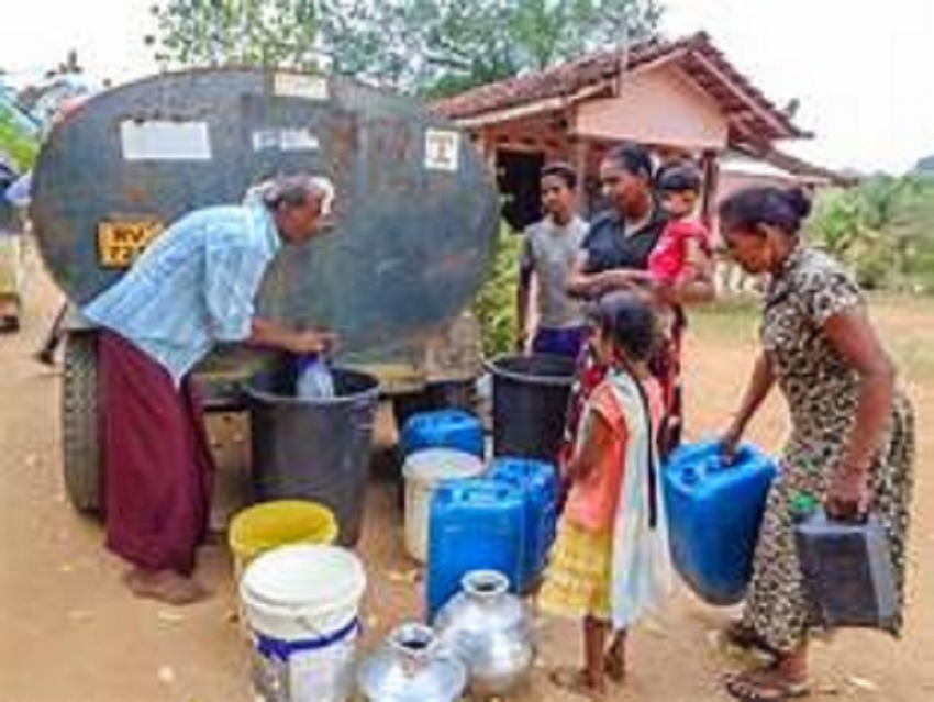 Drinking water in bowsers for Kalutara, Aluthgama area