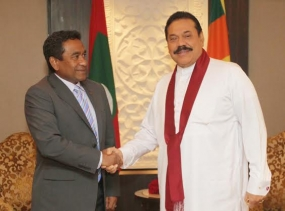 President Rajapaksa and Maldivian President Meet in New Delhi