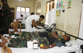 Troops in the North donate blood