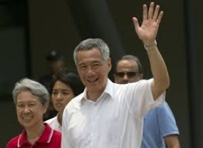 Singapore's Ruling Party  retains power winning 83 of 89 seats