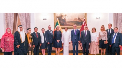 Seven new foreign envoys present credentials to President
