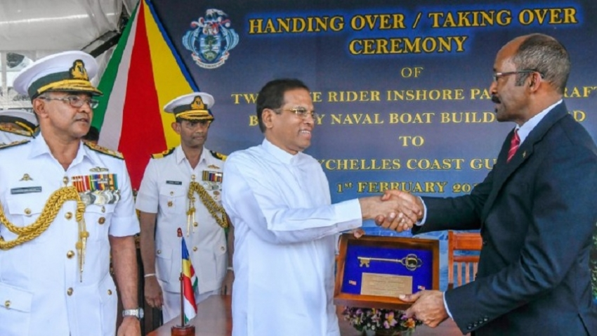 Two patrol vessels handed over to Seychelles