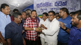 Two JHU PC Members pledge support to President Rajapaksa