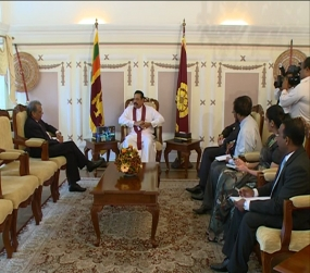 IMF Executive Director Calls on President Rajapaksa