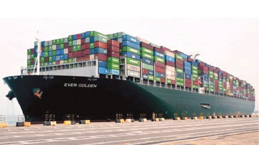 EVERGREEN LINE NEW GENERATION CONTAINER SHIPS CALL AT Colombo PORT