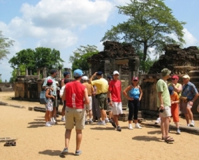 Sri Lanka tourist arrivals rise 14.3 percent in June 2014