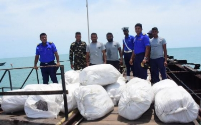 Navy finds 717.82kg of beedi leaves in Talaimannar