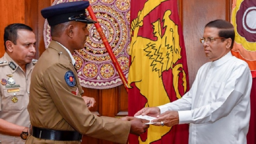 President meets senior police officers