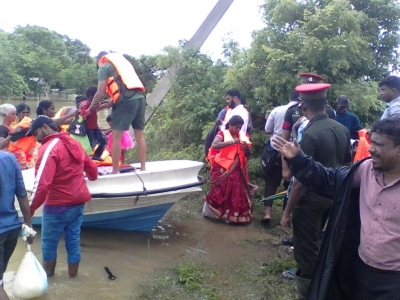 Troops Provide Quick Relief to Flood-Affected Civilians