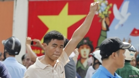 Vietnam riots: China ships to evacuate workers
