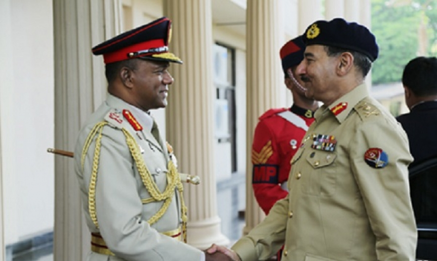 Pakistan's Head of Joint Chiefs calls on Army Commander