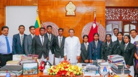 Students thank President for fulfilling their requirements