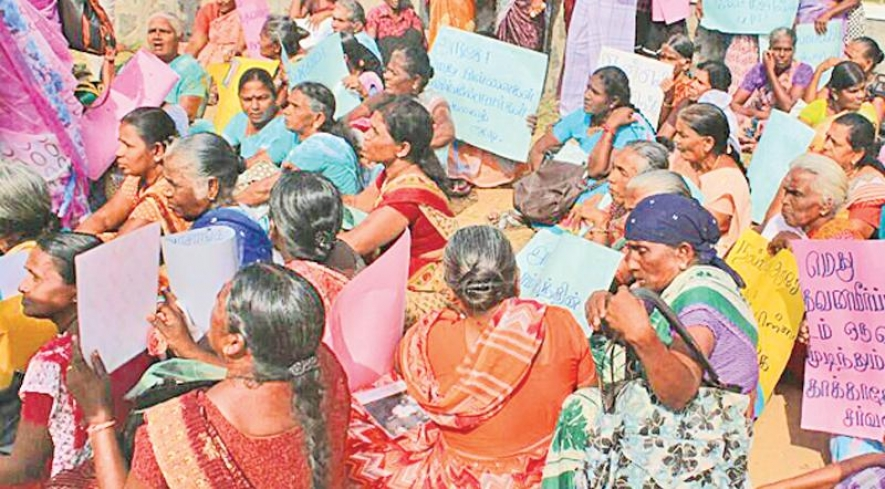 OMP MEETS FAMILIES OF THE MISSING IN MULLAITIVU