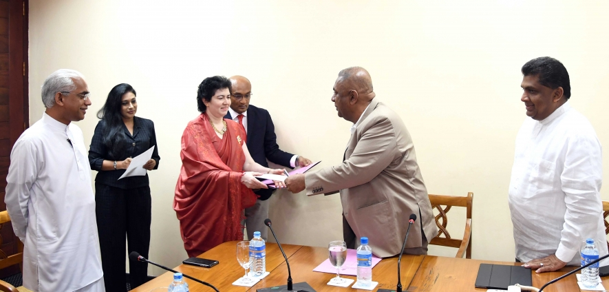New heads received appointments...