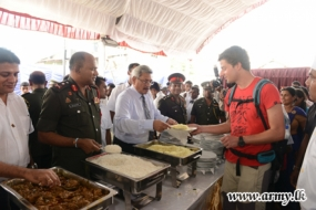 Tri Service Personnel offers free meals to civilians on President's B'day