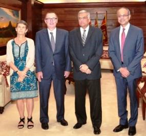 PM meets UN envoy